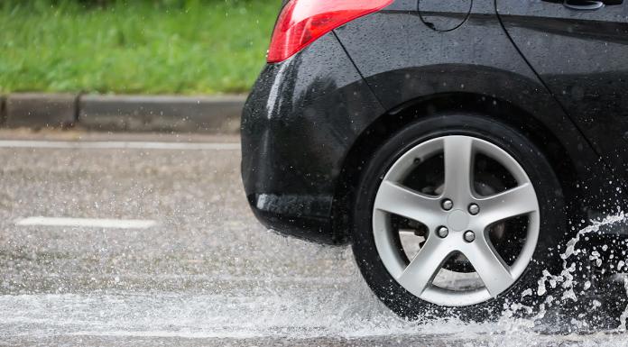 umidità sulla strada