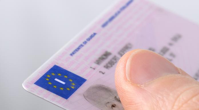 Patente di guida: tipologie, durata e rinnovi