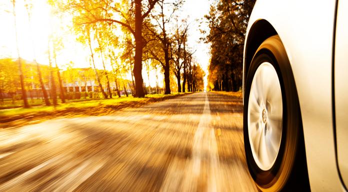 Manutenzione dell'auto in autunno