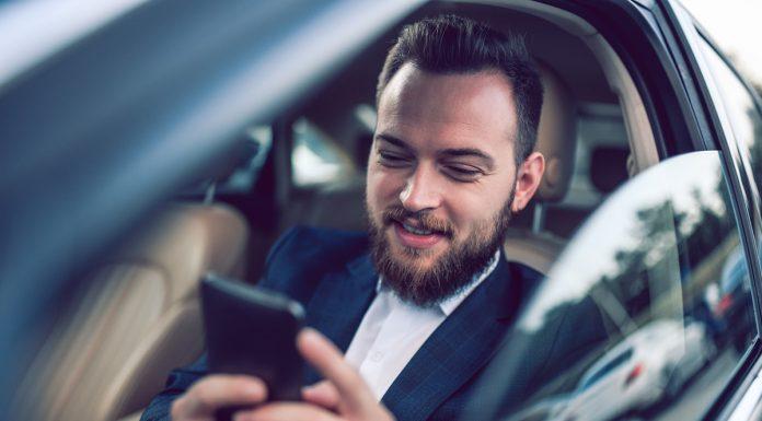 Applicazioni smartphone per auto