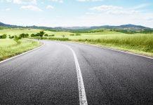 asfalto vecchi pneumatici